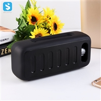 Portable desktop wireless speaker